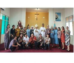 Pengurus Perdhaki Wilayah KA Pontianak bersama Uskup